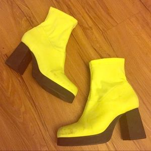 Current mood dollskill neon yellow boots 8